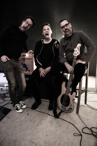Gurus of Now - Alternative Rock Band Zurich - 2019 - trio